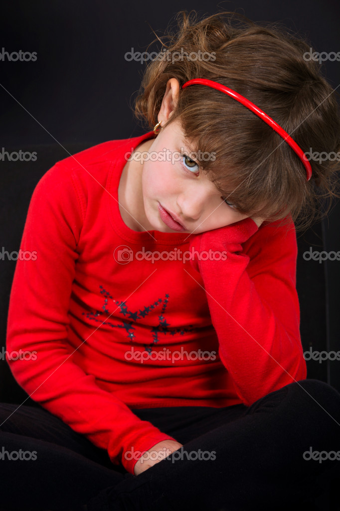 A sad little girl — Stock Photo #7624939