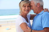 Middle-aged couple on holidays — Stock Photo