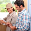 Mtaking delivery of parcel — Stock Photo #7675014