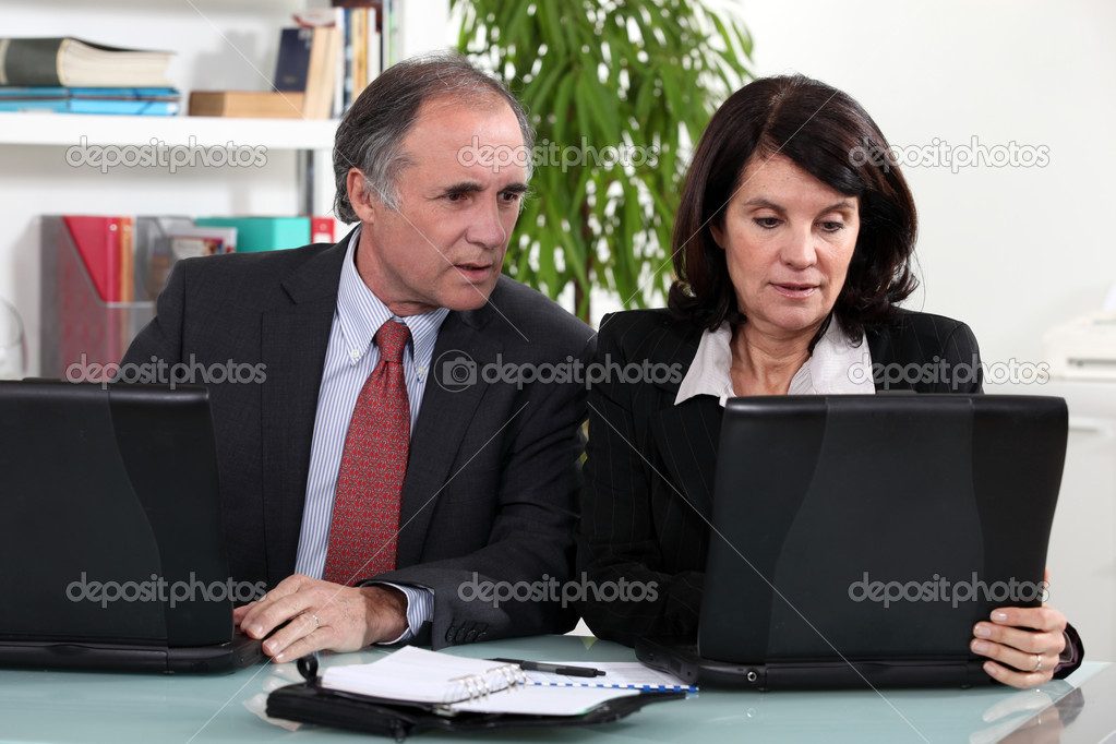 Middle-aged business partners — Stock Photo #7674596