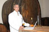 Man testing wine — Stock Photo