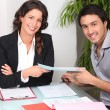 Businesspeople signing contract — Stock Photo