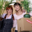 Friends moving house — Stock Photo