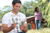 Couple on holiday in the countryside — Stock Photo