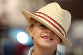 Child wearing a Fedora hat — Stock Photo