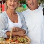 Couple at market — Stock Photo #7744771