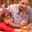 Man spending time with his daughter — Stock Photo #7799653