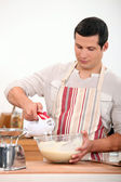 Man using electric whisk — Stock Photo