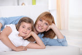 Mother spending quality time with her daughter — Stock Photo