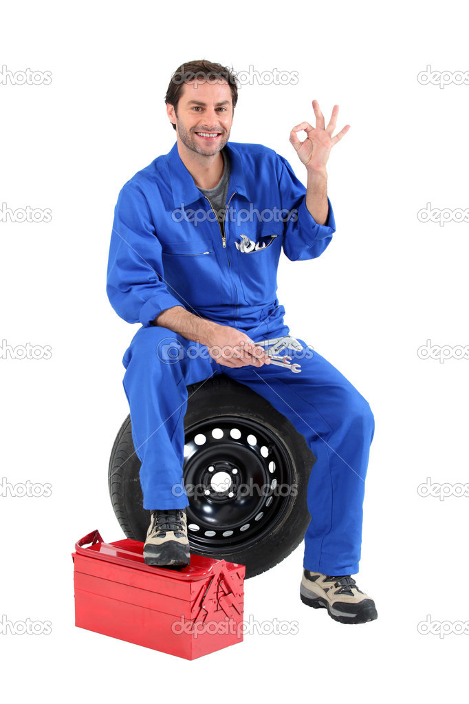 Portrait of a mechanic — Stock Photo #7905964