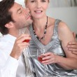 Couple drinking a glass of wine - Foto de Stock