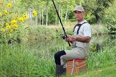 Ein mann, angeln — Stockfoto