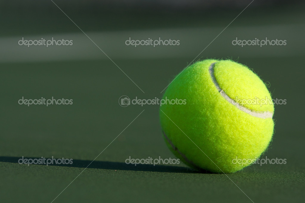 Tennis Ball on the Court — Stock Photo #6839209