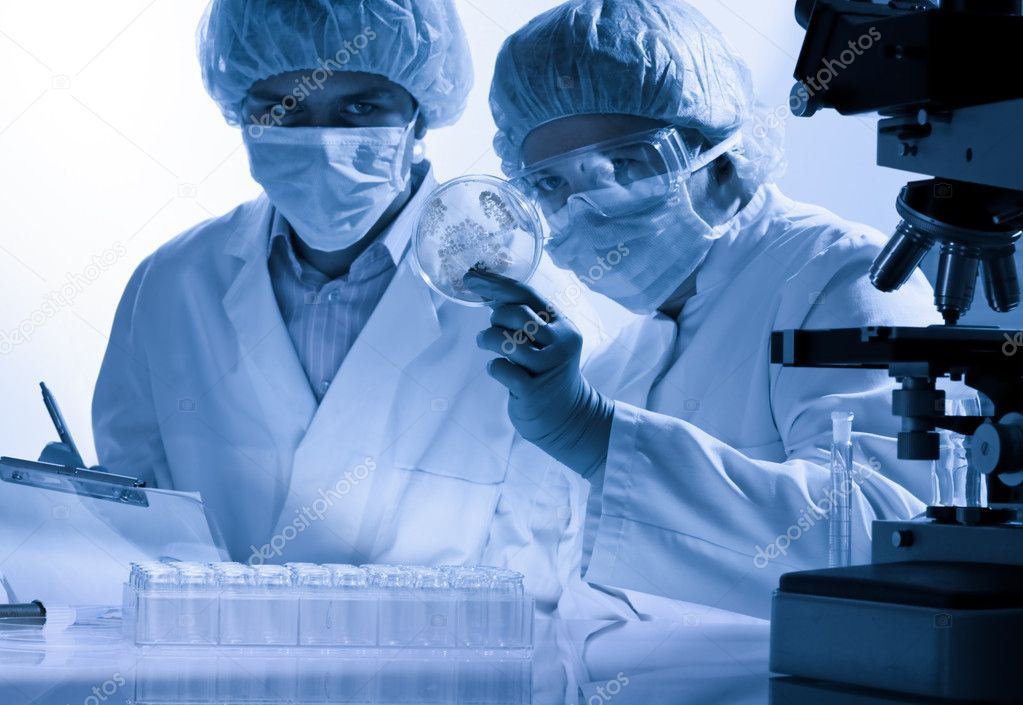 Scientists working at the laboratory  — Stock Photo #6858583