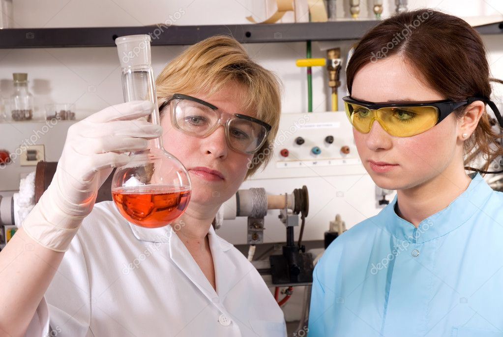 Scientists working at the laboratory  — Stock Photo #6862518