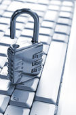 Padlock on computer keyboard — Stock Photo