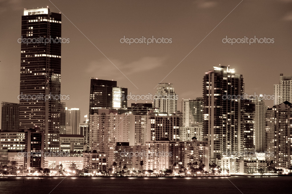 Night view of Miami downtown and its beautiful buildings  Stock Photo #7565415