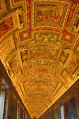 Golden Ceiling at Musei Vaticani — Стоковое фото
