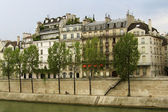 Paris by the river — 图库照片