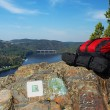 Backpacks on the lookout — Stockfoto