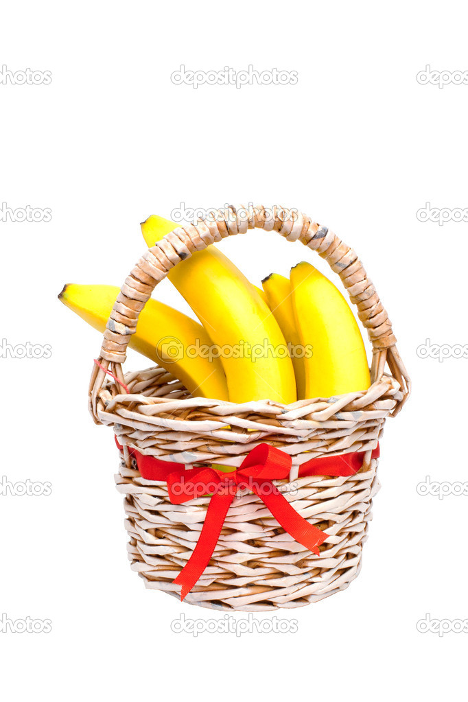 Bunch of bananas in a paper basket manufactured home on a white background — Stock Photo #7176925