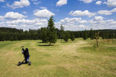 Fairway of a beautiful golf course — Stock Photo