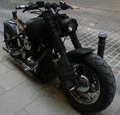 Fantastic chopper motorbike — Stock Photo
