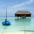 Blue boat on tropical beach  — Stock Photo