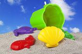 Spielzeug am strand — Stockfoto