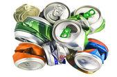 Reciclar las latas de aluminio — Foto de Stock
