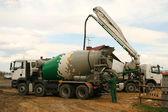 Concrete mixer truck — Stock Photo