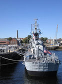 Anchoring warship in Boston — Stock Photo