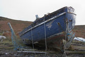 Rotten boat in Scotland — Stock Photo