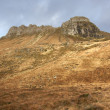 Brown overgrown hills near Stac Pollaidh — Stock Photo