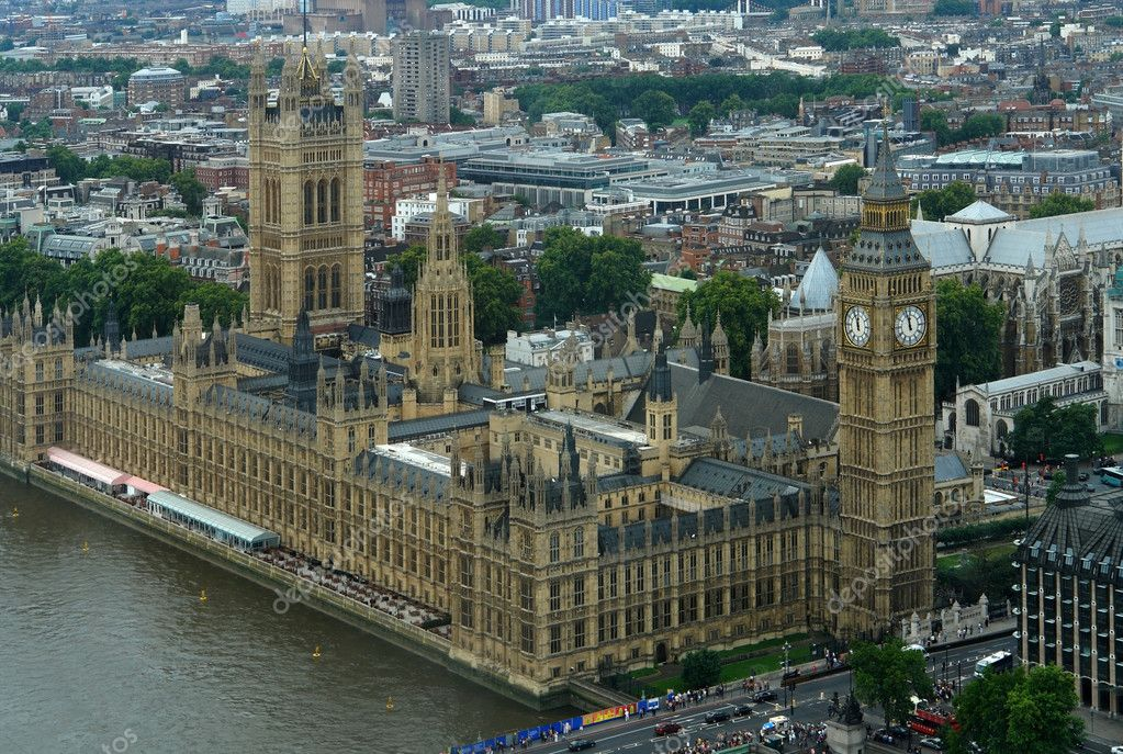 Aerial view with Houses of Parliament and London City at summer time — Stok fotoğraf #7267941