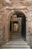 Open entrance at Haut-Koenigsbourg Castle — Stock Photo
