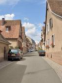 Pouliční scéna v mittelbergheim — Stock fotografie
