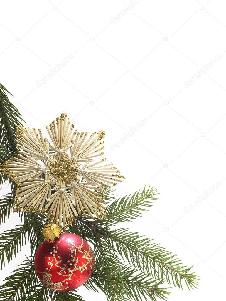 红色圣诞装饰装饰圣诞树球和秸秆星白色背