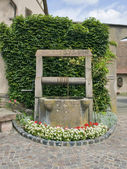 Draw well in Mittelbergheim — Stock Photo