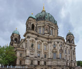 Berlin Cathedral and clouded sky — Fotografia Stock