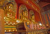 Statues in Baolin Temple — Stock Photo