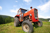 Old tractor — 图库照片