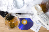 Telefono e whisky — Foto Stock