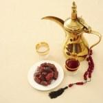 Coffee, dates and prayer beads — Stock Photo