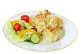 Cauliflower cheese and salad — Stock Photo