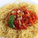 Spaghetti al Pomodoro closeup — Stock Photo