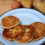 Potato pancakes vertical — Stock Photo #7055150