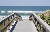 Boardwalk to Atlantic Ocean — Stock Photo