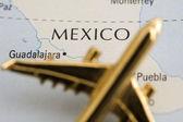 Plane Over Mexico — Stock Photo