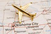 Avión sobre oklahoma city — Foto de Stock